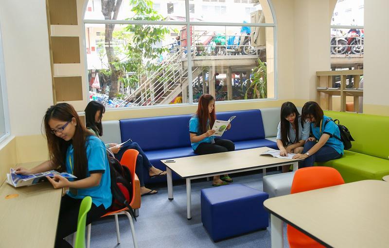 Thư viện UEH