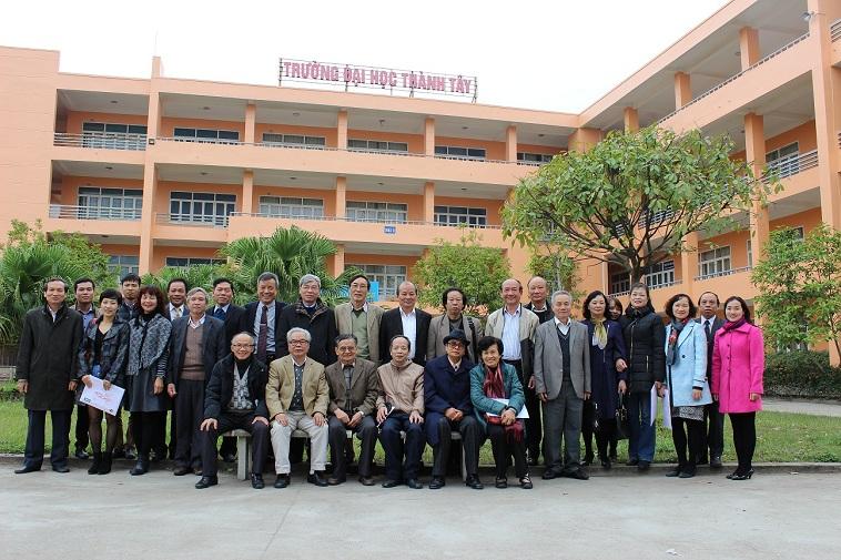 Đội ngũ giáo viên ĐH Thành Tây