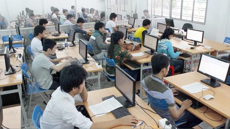 Hệ thống phòng máy tính tại trường Đại học Nông lâm Tp.HCM