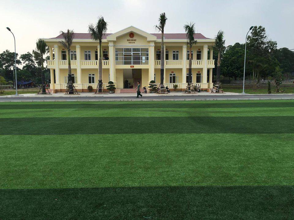 Sân bóng đá học viện hậu cần sơn tây