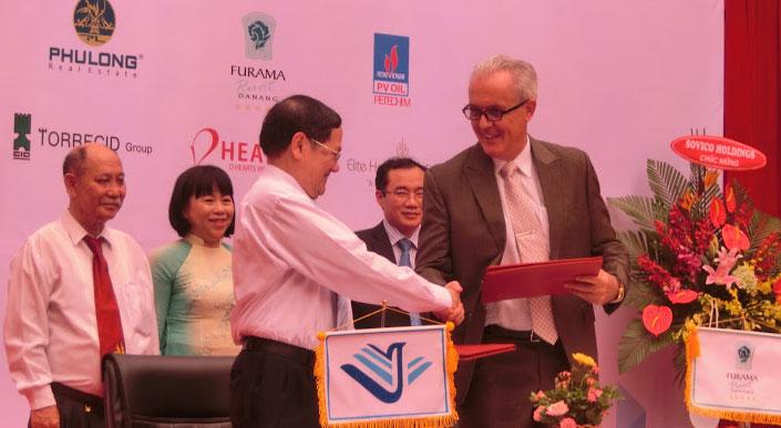 Lễ ký kết hợp tác với các doanh nghiệp
