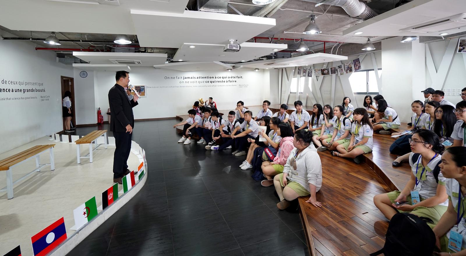 Hoạt động tư vấn tuyển sinh Đại học Hoa Sen