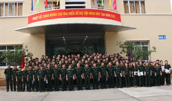 Cán bộ giảng viên Học viện Quân Y