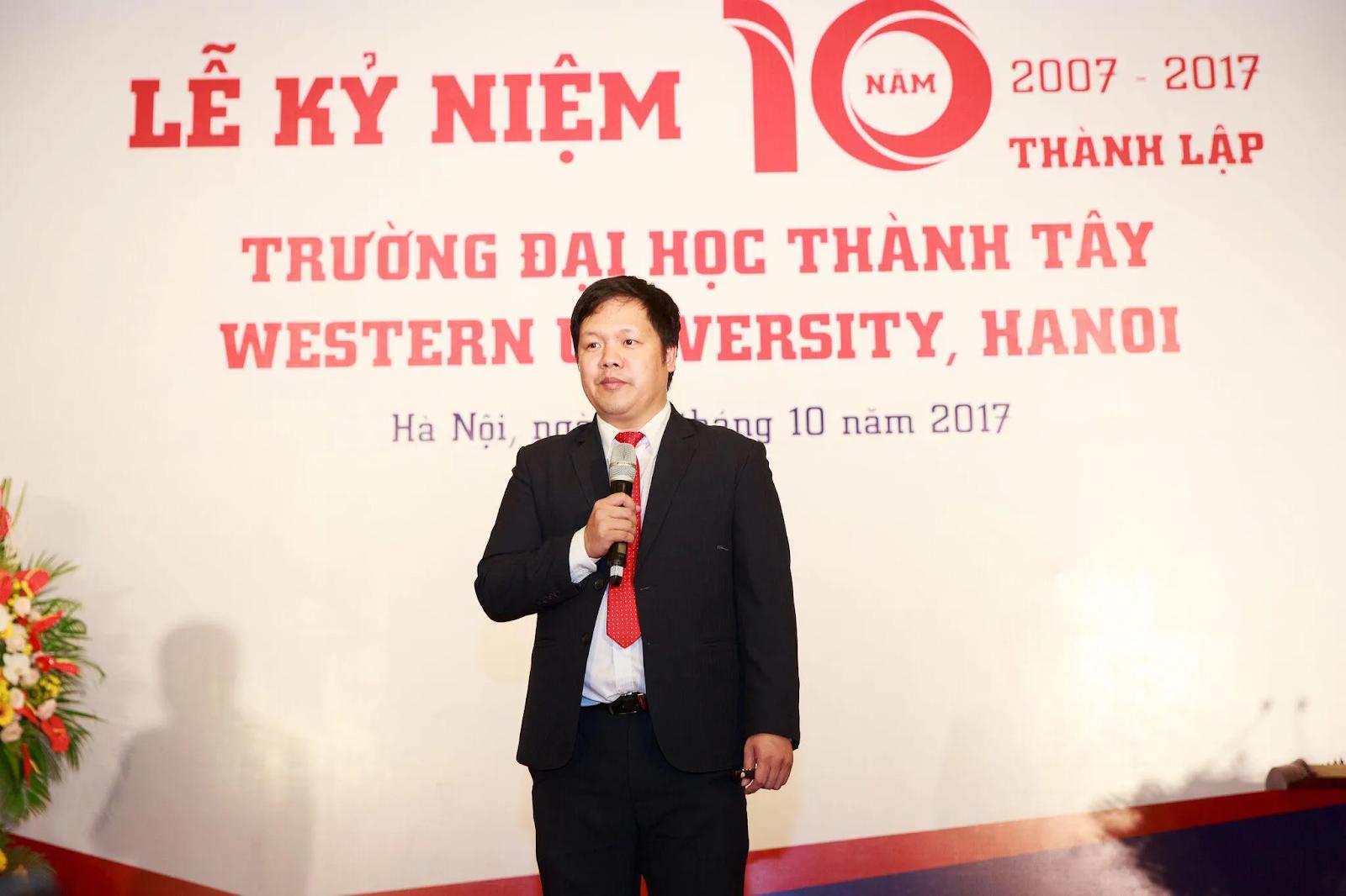 Lễ kỷ niệm 10 năm thành lập ĐH Thành Tây