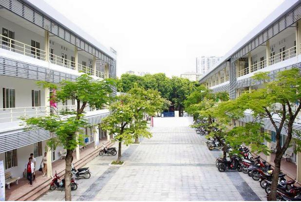 Khuôn viên Đại học Hòa Bình