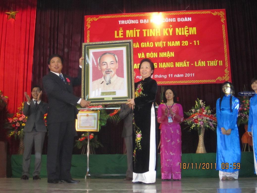 Lễ kỷ niệm ngày nhà giáo Việt Nam
